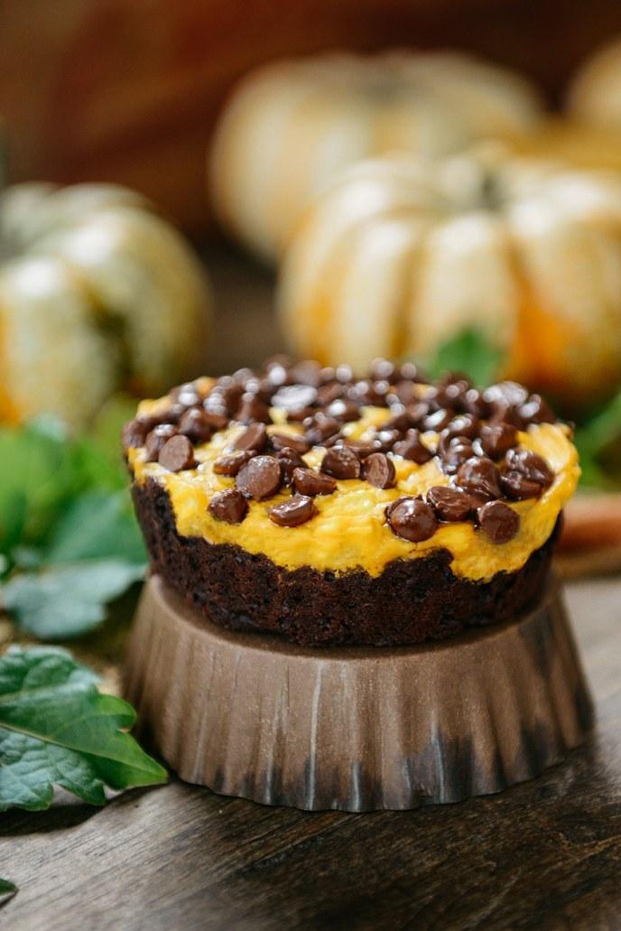 Healthyish Pumpkin Cake Varieties: Showcase Your Dessert // www.HealthyishFoods.com