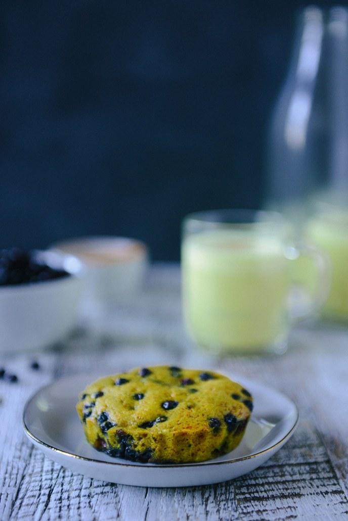 Golden Milk and Healthyish Turmeric Berry Cakes // www.HealthyishFoods.com