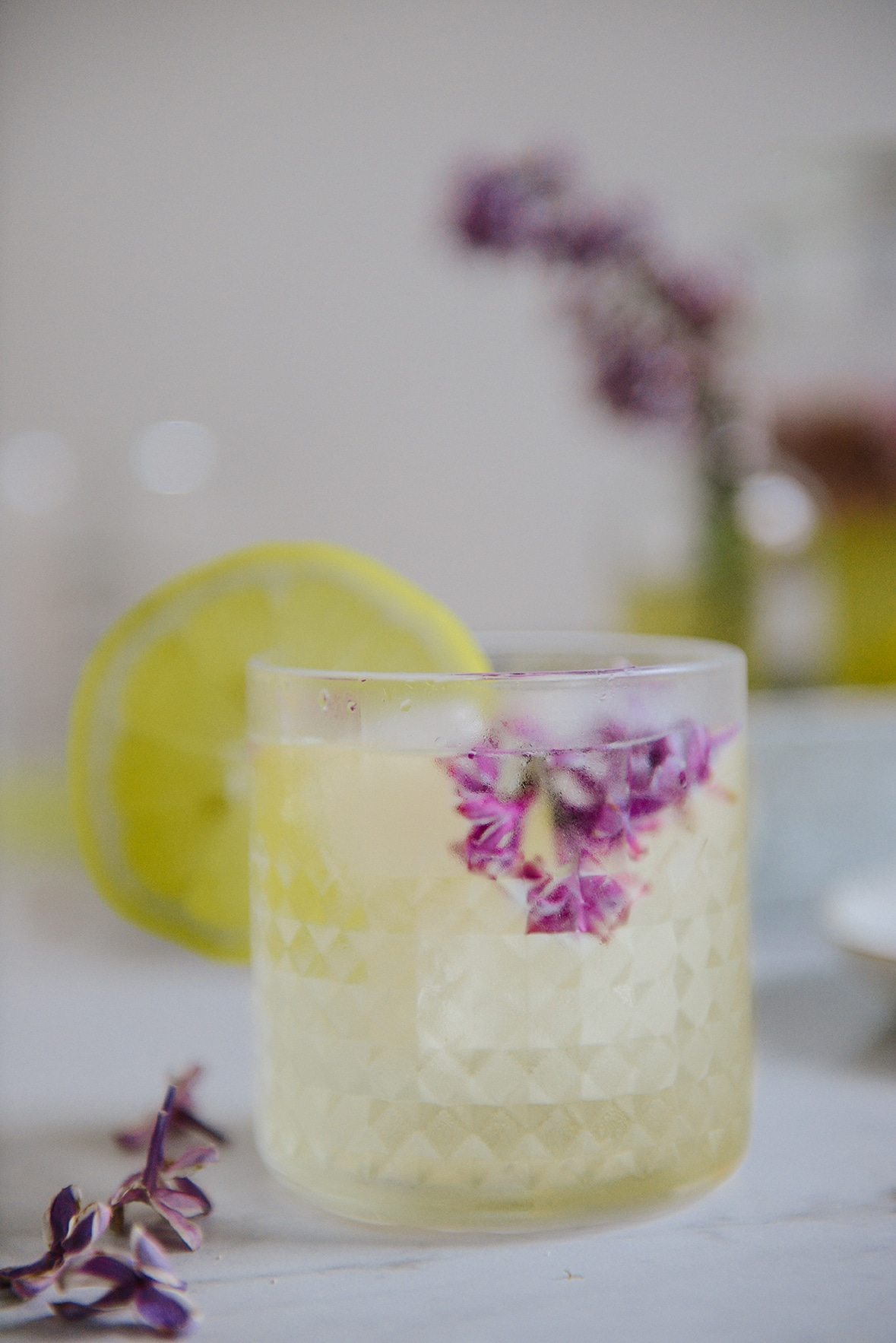 Fermented Honey Lilac Drink for Allergy Season // www.HealthyishFoods.com