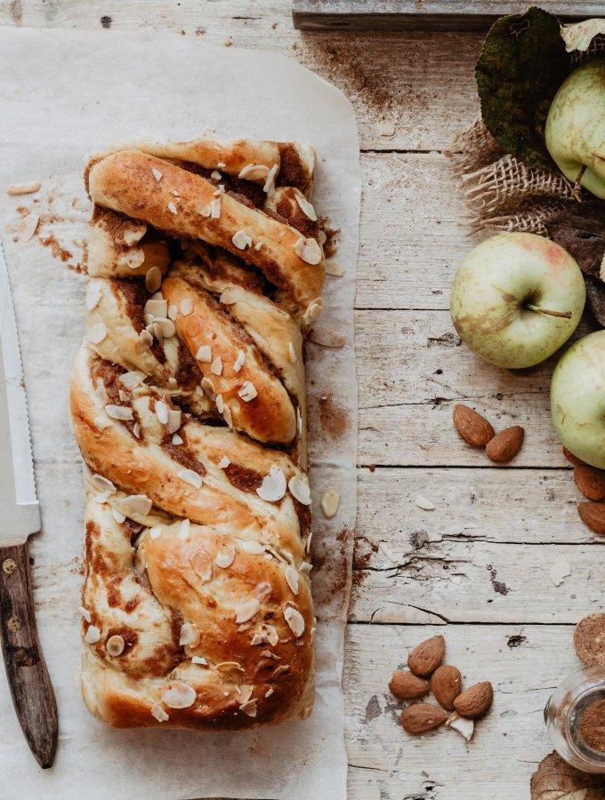BABKA ALLE MELE / COMFORT FOOD / RICETTE HYGGE
