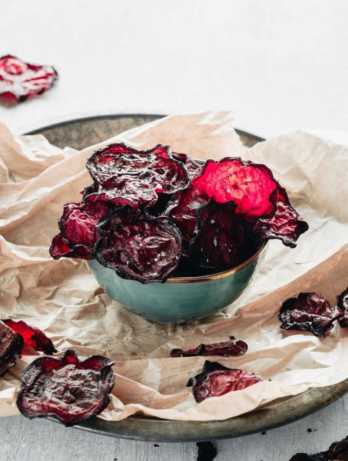 easy baked beetroot chips served into a bowl