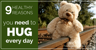 9 Healthy Reasons You Need To Hug Every Day!