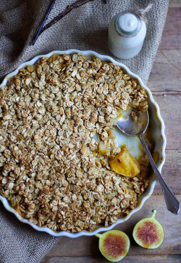 spiced pear, fig & orange crumble