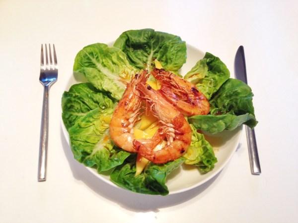 Deliciously simple prawn and mango salad recipe