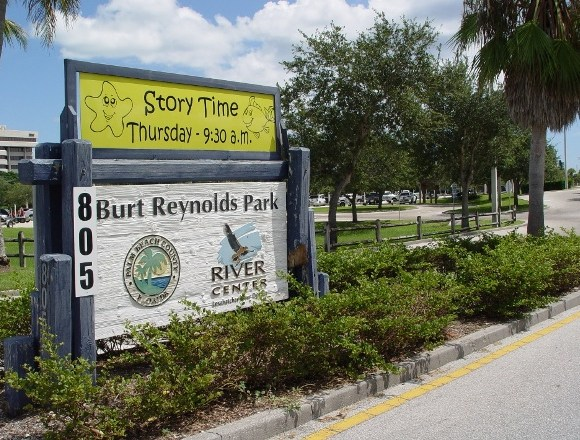 Entrance to Burt Reynolds Park in Jupiter FL