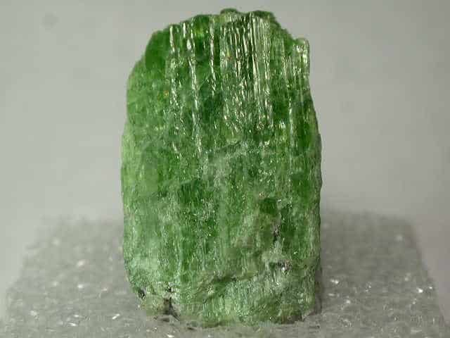healing crystals their meanings and uses - green tremolite