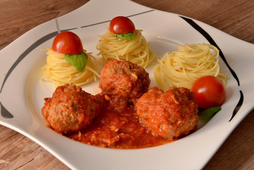 Dirk Vorderstrabe - Spaghetti Meatballs