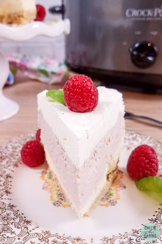 Slow cooker vanilla berry cheesecake