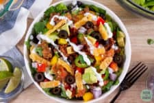 bowl of taco salad with low-carb ground beefWow! These low-card and keto ground beef recipes are the perfect comfort food! #GroundBeefRecipes #comfortfood #ditchthecarbs #lowcarb #keto #glutenfree #sugarfree #healthyrecipes #familymeals