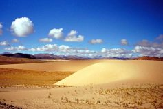 Mt Kailash: Dunes and clouds