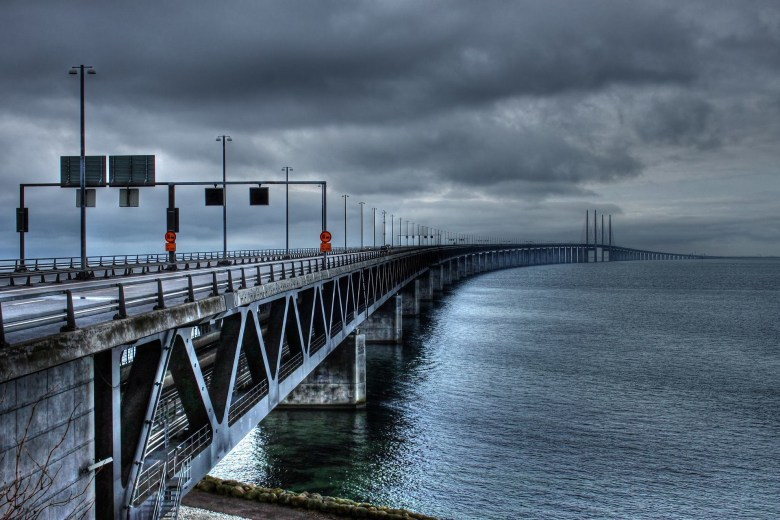 the-oresund-bridge-753625_1920