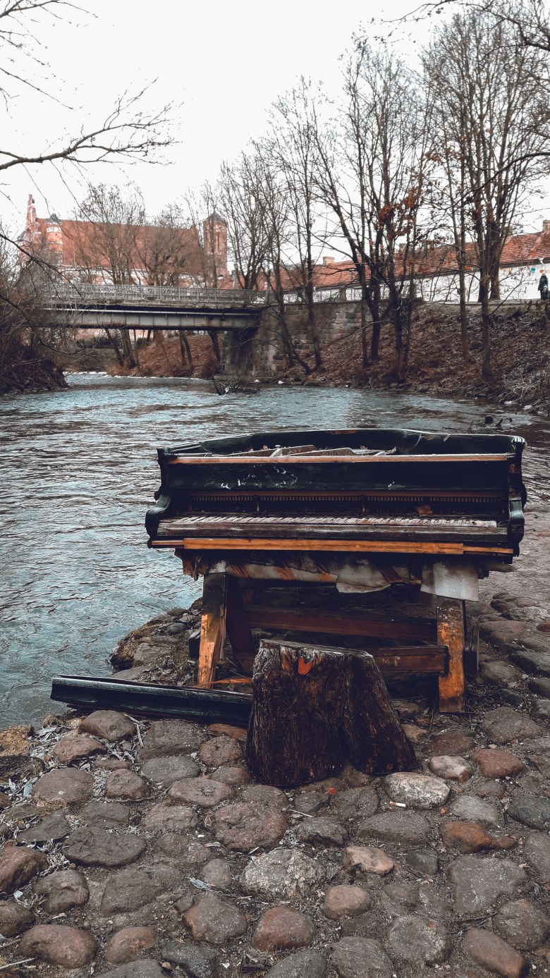 Hidden routes of Užupis where you can play a piano by the river - really ?