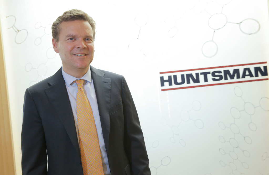 Analysts' Recent Ratings Changes for Huntsman (HUN)