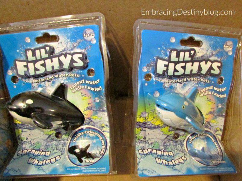 lil fishys whales bath toys