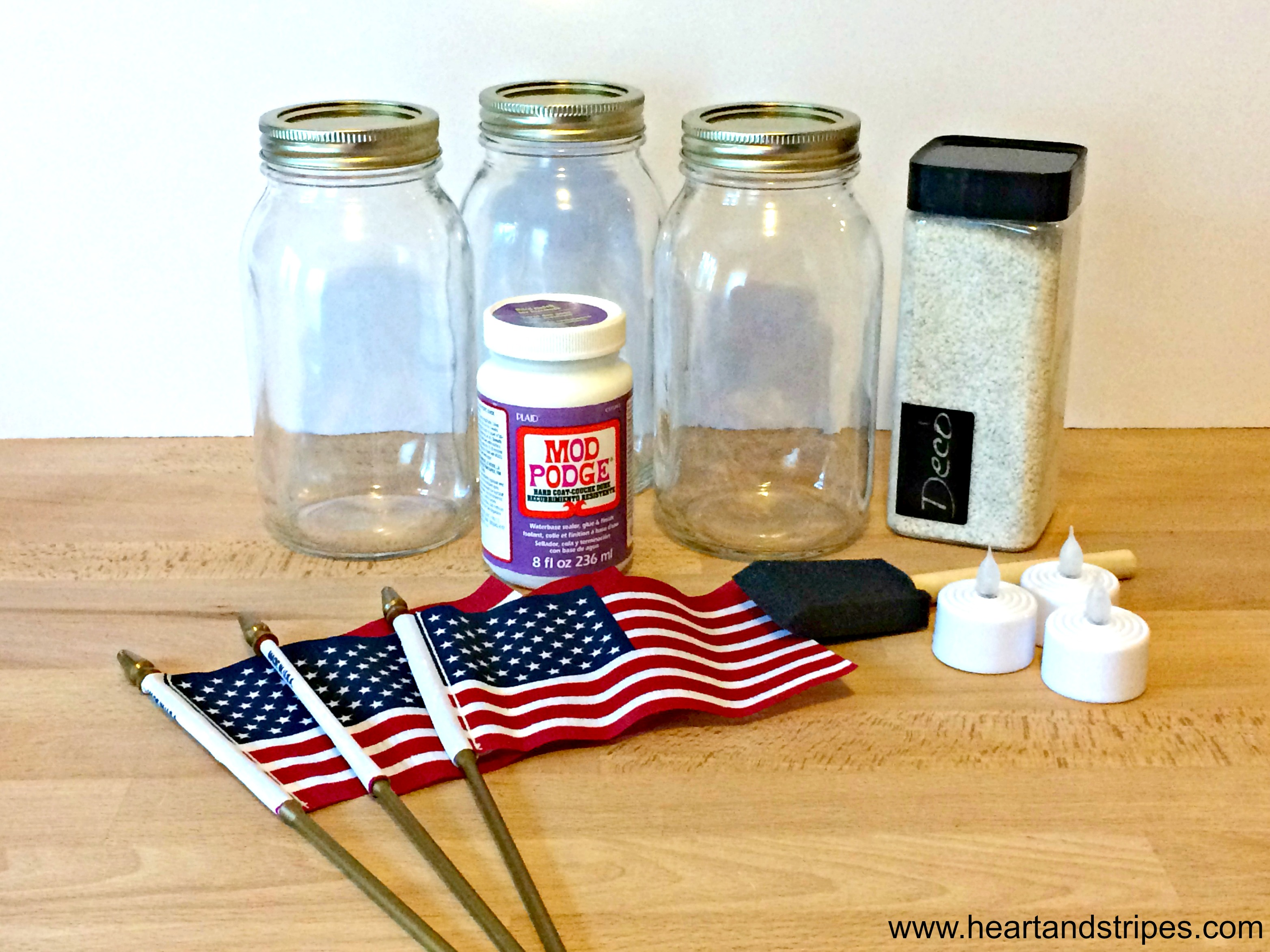Simple DIY July 4th Decoration