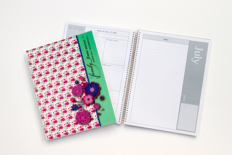 Finally found a Day Planner to organize my entire family.  Check out my review.