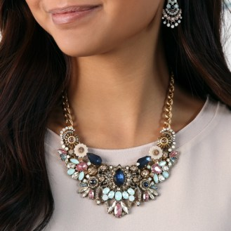 Convertible statement necklace with antique gold chain