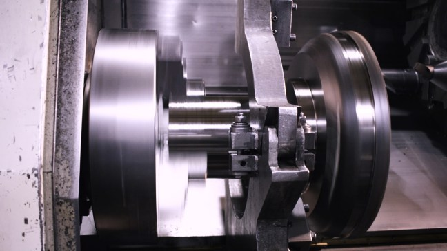 large diameter shaft turning