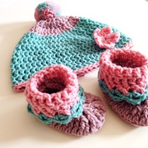 baby hat & shoes