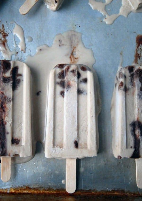 Irish Cream Fudgesicles //heartofabaker.com