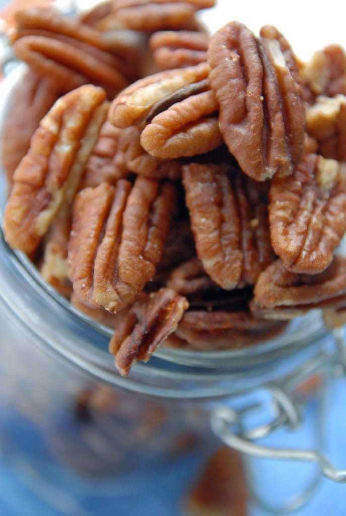 Spicy Garlic Pecans (Vegan)