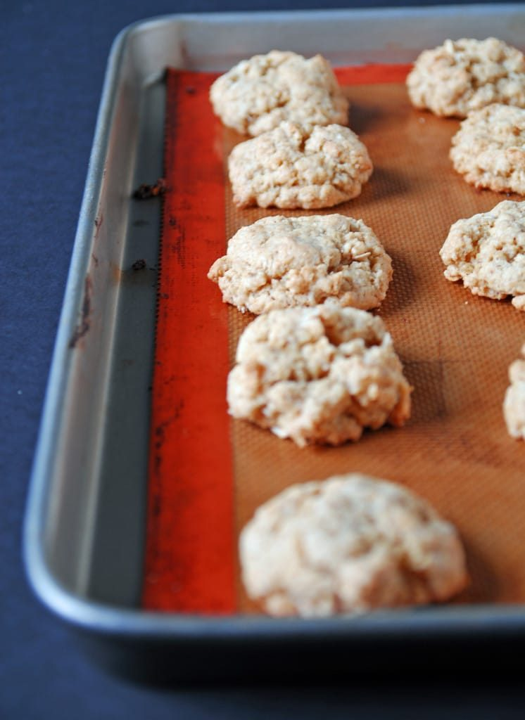 Crispy Peanut Butter Oatmeal Cookies