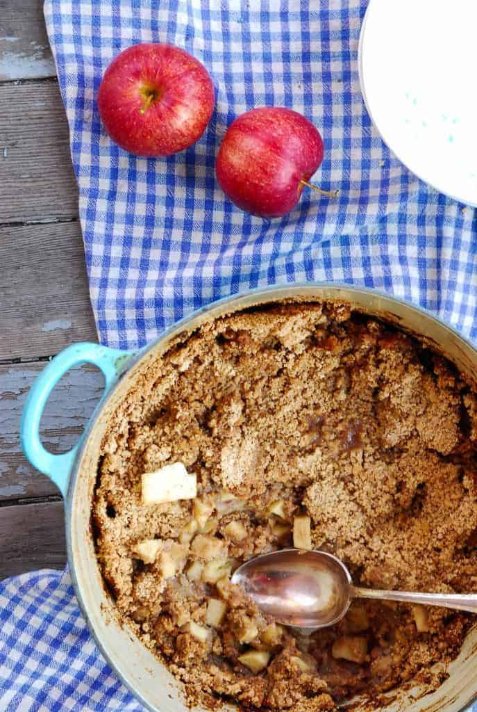 10 Apple Dessert Recipes for Fall - Ready to use the season's best apples? Here are 10 apple dessert recipes that are perfect for fall! From breakfast to dessert, crisp to biscuits, all the apple recipes are here!