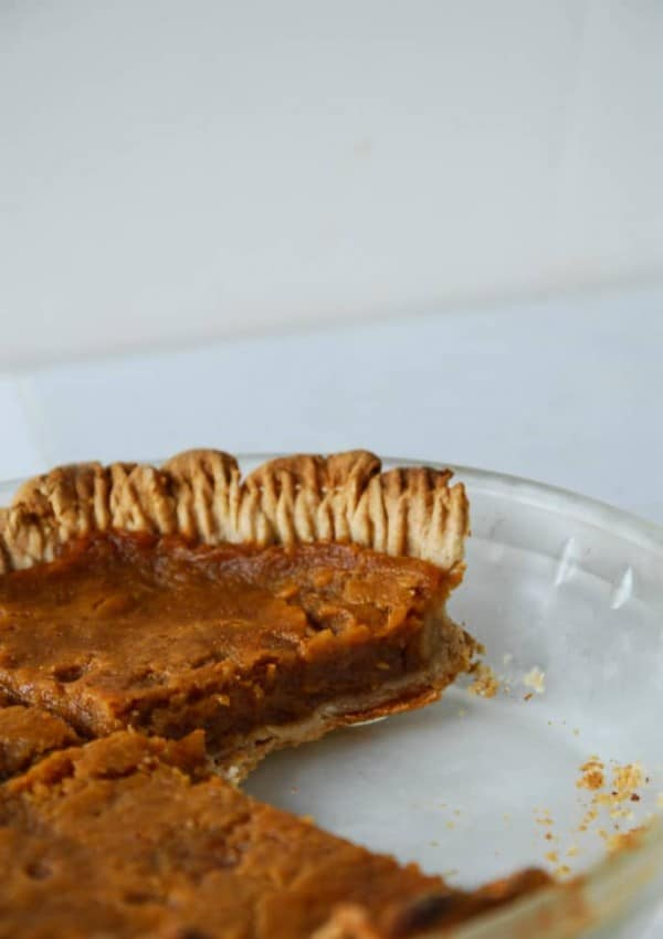Vegan Pumpkin Pie with Coconut Oil Crust