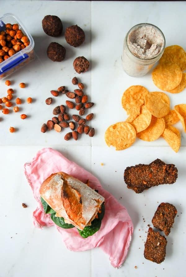 5 Easy Vegan Travel Snacks//heartofabaker.com