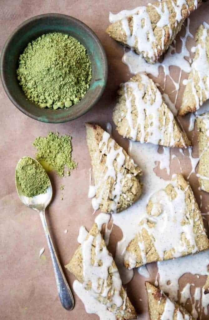 Vegan matcha scones with a sweet vanilla bean glaze! A perfect way to use matcha green tea powder in the easiest vegan scone recipe.