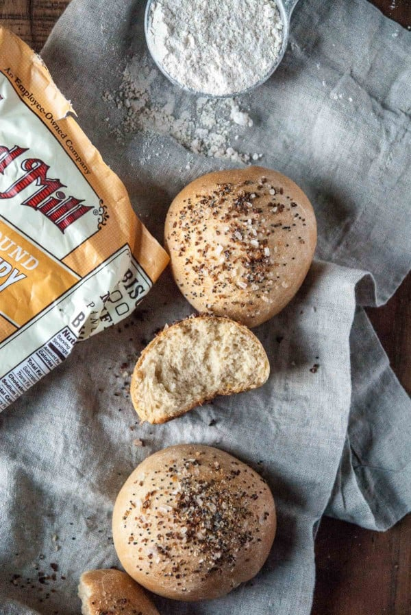 vegan dinner rolls with flour