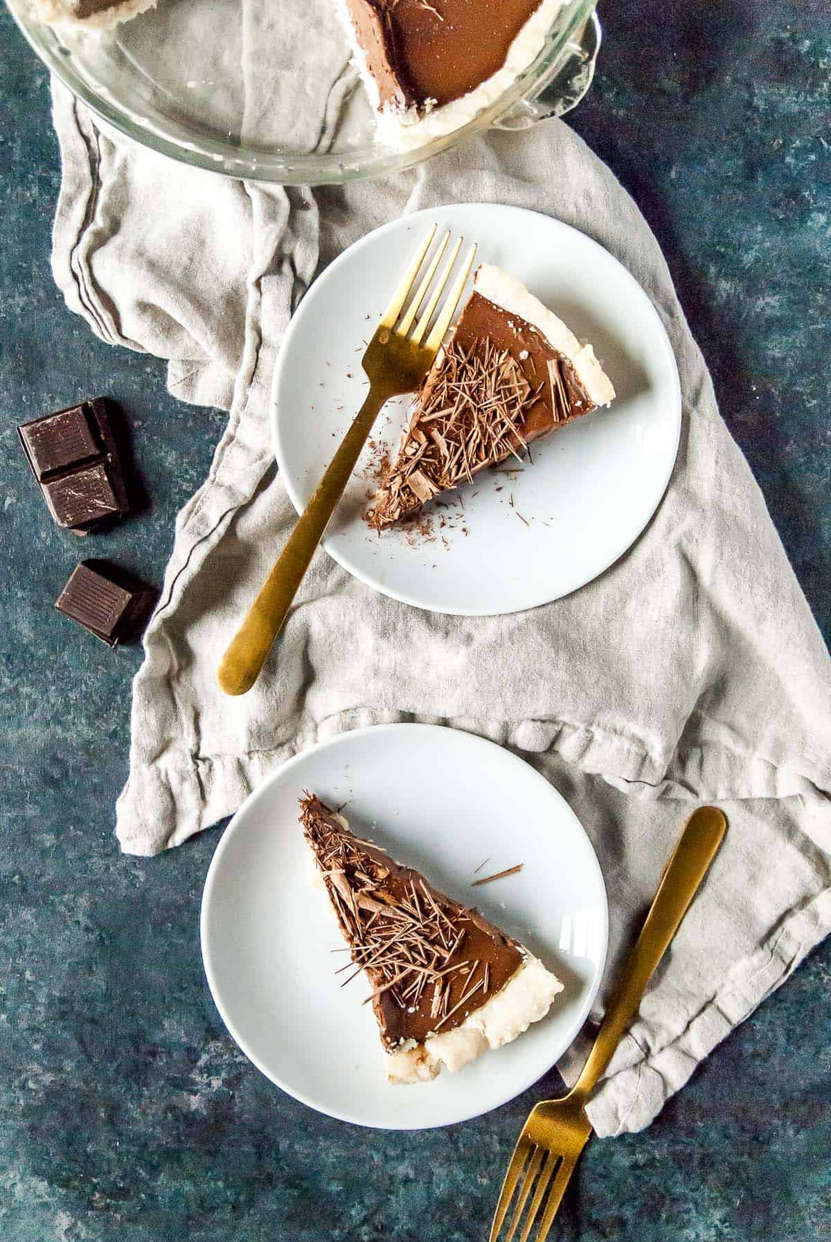 vegan chocolate cream pie slices