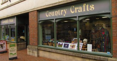 Cornhill Pets and Country Crafts
