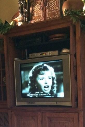 Casablanca woman singing