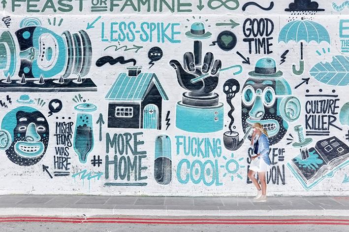 London, walking in Shoreditch