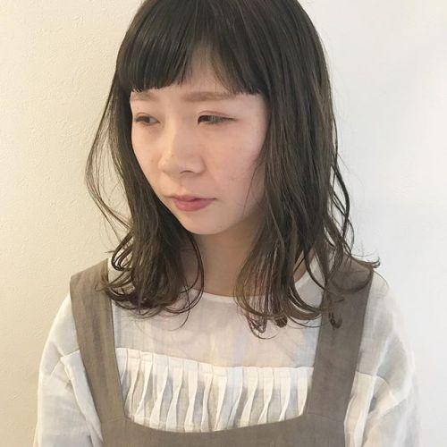 グレー系カラー春に向け明るめなカラーもおススメです#高崎 #美容室 #ヘアカラー #グレー