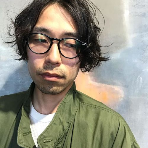 men's perm stylestylist:@hearty_miyahara #hearty#men's#perm#men's style#m65#vintage