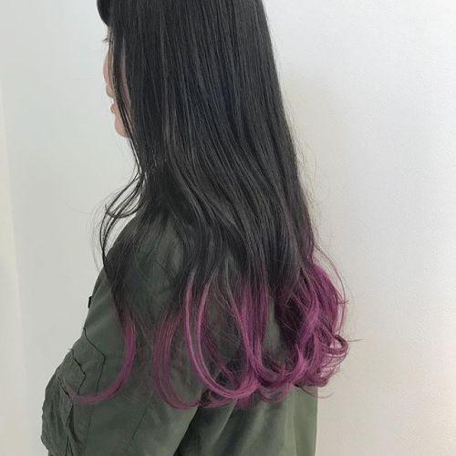 担当シオリ @shiori_tomii 毛先のみブリーチしてパープルをon (暑いんで内側全部刈り上げたいです!)というfunkyな彼女の今後のヘアスタイルがたのしみです🦕笑いつもありがとう#hearty#shiori_hair #ラベンダー#パープル#グラデーション#高崎美容室