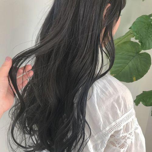 担当シオリ @shiori_tomii アッシュみ強めなブルージュカラー🦕#hearty#shiori_hair #ブルージュ#グレージュ#透明感カラー#高崎美容室