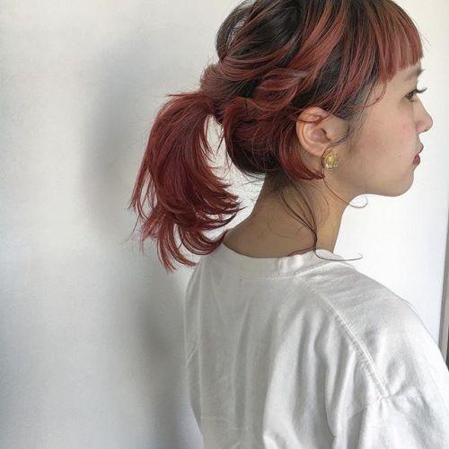 style by @creamy_cn .ウルフをアレンジすると、こんなにもかわいい♡♡ STAFFの @momokakogawa よろしくお願いします♡♡ アレンジなしのスタイルはスタイリスト宮下のアカウントにて載せてます♡♡.#HEARTY #高崎 #高崎美容室 #宮下スタイル #ヘアアレンジ #ウルフ #red #赤髪 #ポニーテール #群馬 #群馬美容室
