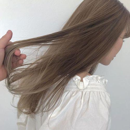 担当シオリ @shiori_tomii ケアブリーチして、warm beige#hearty #shiori_hair #ベージュカラー #高崎美容室