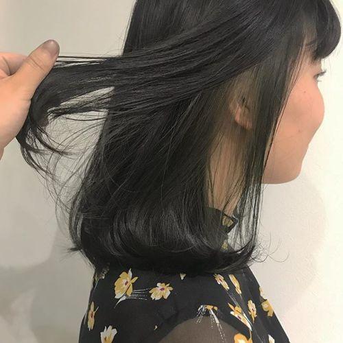 担当シオリ @shiori_tomii インナーブリーチしてグレーグリーンをon#hearty#shiori_hair #グレーグリーン#高崎美容室#高崎