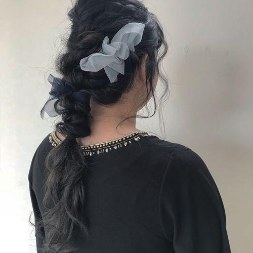 担当シオリ @shiori_tomii hair set🥀ロングヘアの素敵な髪をゆるく編ませていただきました!すてき〜〜#hearty#shiori_hair #hairarrange #hairset#チュールアレンジ#結婚式アレンジ#結婚式ヘアアレンジ #ヘアセット#ロングアレンジ#高崎美容室#高崎