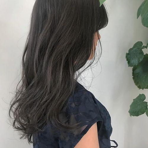 担当シオリ @shiori_tomii 王道のグレージュカラー🐊ブリーチなしです#hearty#shiori_hair #グレージュ#ベージュ#高崎美容室#高崎