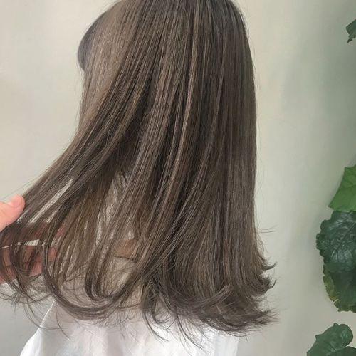担当シオリ @shiori_tomii cream beige🥣🥣最近はYAYのgel oilでスタイリングしてます♡#hearty#shiori_hair #ハイトーン#ハイトーンカラー#透明感カラー#外国人風カラー #クリームベージュ#高崎美容室#高崎#YAY