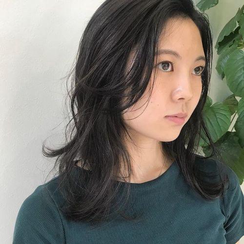 担当シオリ @shiori_tomii カーキグレージュ🌳#hearty#shiori_hair #カーキグレージュ#グレージュ#透明感カラー #ヘアスタイル#ヘアカラー#高崎美容室#高崎