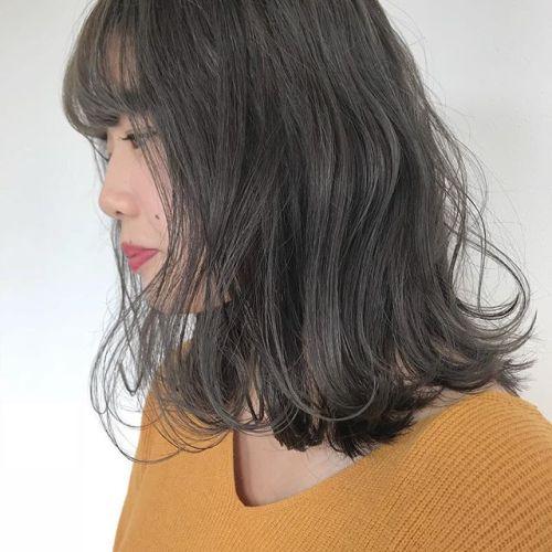 担当シオリ @shiori_tomii 切りっぱなしロブのマットベージュに柔らかさ◎です!#hearty#shiori_hair #ロブ#マットベージュ#グリーンベージュ#ヘアカラー#グレージュ#高崎美容室#高崎