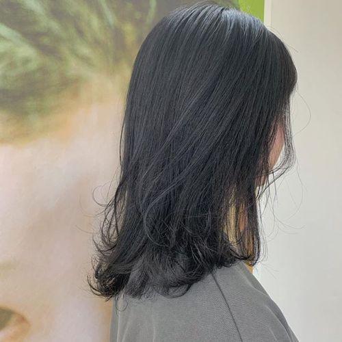 担当シオリ @shiori_tomii スモーキーグレー🧸#hearty#shiori_hair #グレージュ#スモーキーグレー#黒染め#高崎美容室#群馬美容室#高崎#群馬