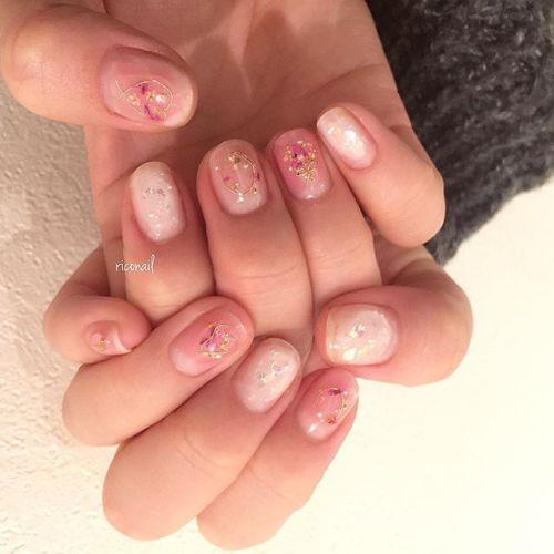 ブーケネイル❁#riconail #HEARTY #abond #nail #nails #gelnail #gelnails #nailart #instanails #nailstagram #beauty #fashion #nuancenail #ネイル #ジェルネイル #ネイルデザイン #ニュアンスネイル #押し花ネイル @riconail123
