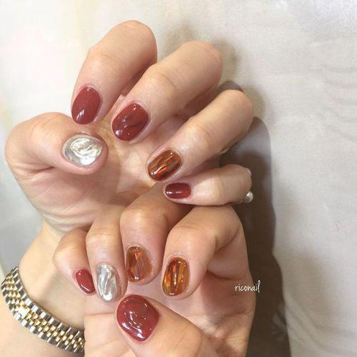 当たり前のように毎日ミキシング。この赤も ミキシングで作り出した特別な色♔#riconail #HEARTY #abond #nail #nails #gelnail #gelnails #nailart #instanails #nailstagram #beauty #fashion #nuancenail #ネイル #ジェルネイル #ネイルデザイン #ニュアンスネイル #ヴィンテージネイル #ミラーネイル #シアーネイル @riconail123